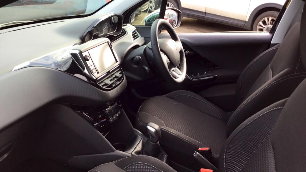 Peugeot 208 1.2 PureTech 82 Tech Edition 5dr [Start Stop] image 3