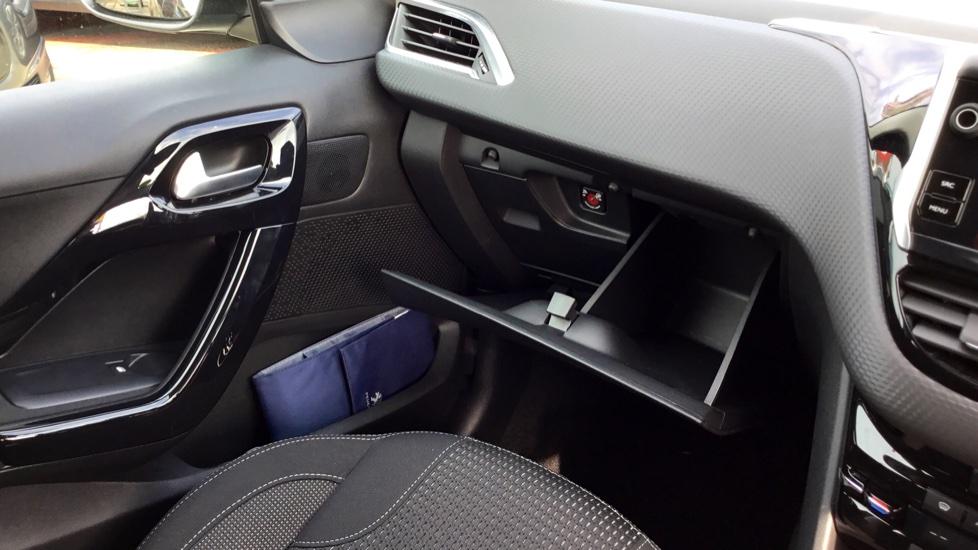 Peugeot 208 1.2 PureTech 82 Tech Edition 5dr [Start Stop] image 24