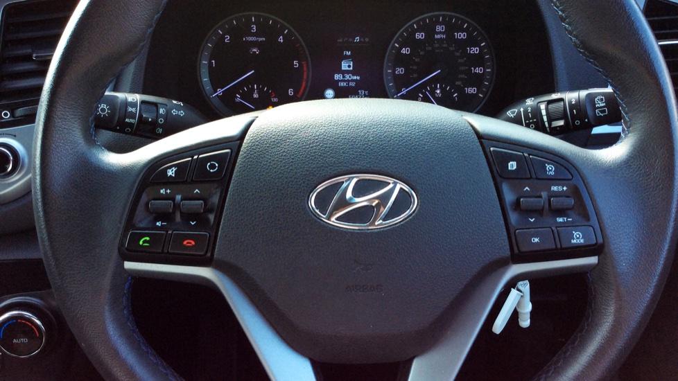 Hyundai Tucson 1.7 CRDi Blue Drive SE Nav 5dr 2WD image 11