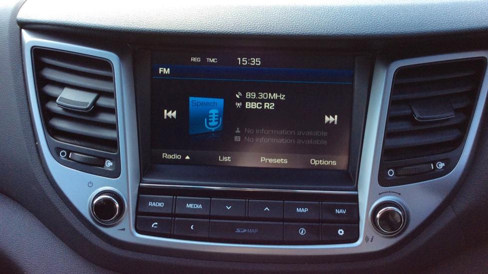 Hyundai Tucson 1.7 CRDi Blue Drive SE Nav 5dr 2WD image 15