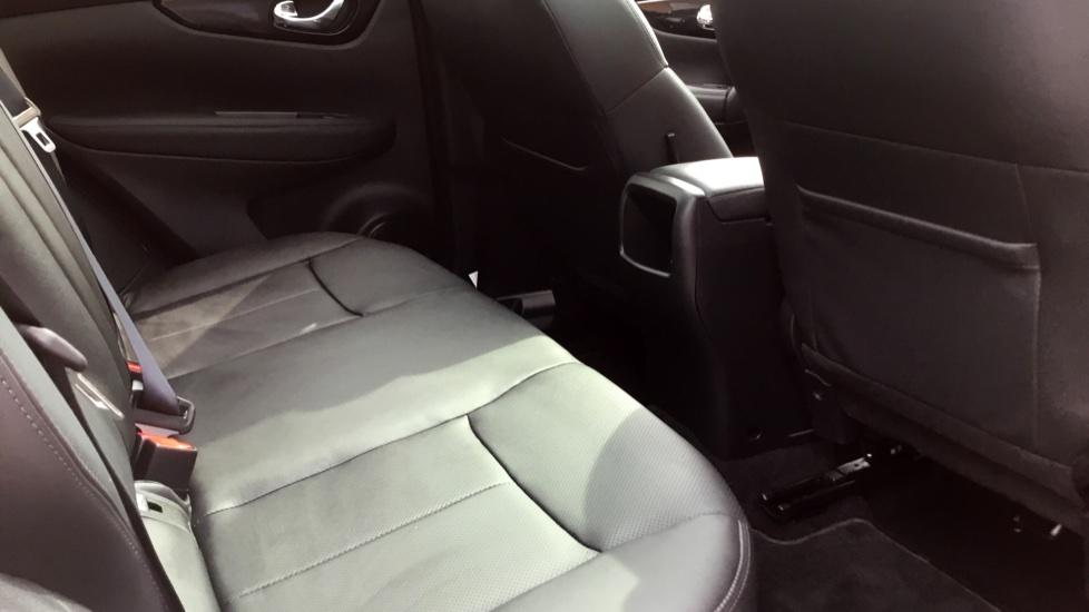 Nissan Qashqai 1.5 dCi Tekna 5dr image 19