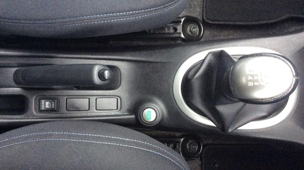 Nissan Note 1.2 Acenta 5dr image 18