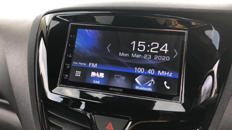 Vauxhall Viva 1.0 SE [A/C] image 17