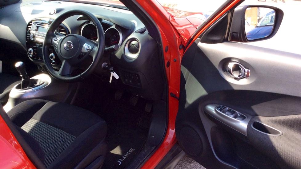 Nissan Juke 1.2 DiG-T Acenta 5dr image 10
