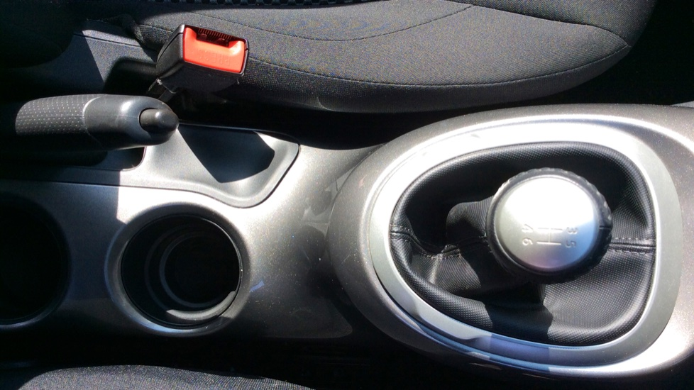 Nissan Juke 1.2 DiG-T Acenta 5dr image 19