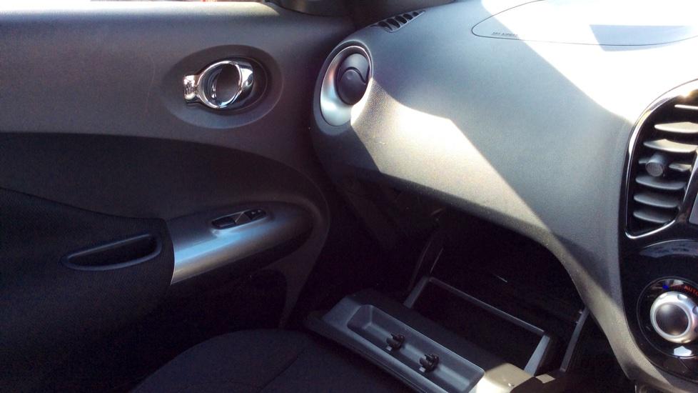 Nissan Juke 1.2 DiG-T Acenta 5dr image 20