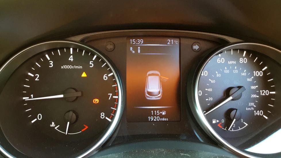 Nissan Qashqai 1.2 DiG-T Tekna 5dr image 13