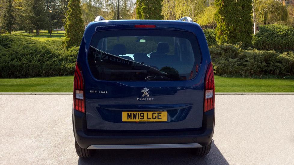 Peugeot Rifter 1.5 BlueHDi 130 Allure 5dr image 6