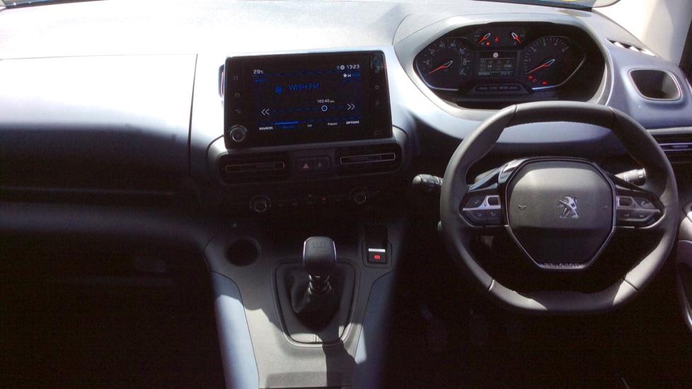 Peugeot Rifter 1.5 BlueHDi 130 Allure 5dr image 9