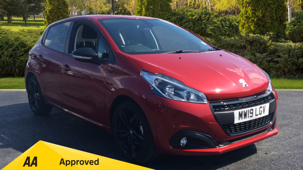 Peugeot 208 1.2 PureTech 110 Tech Edition EAT6 Automatic 5 door Hatchback (2019)