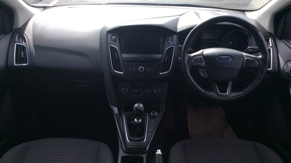 Ford Focus 1.5 TDCi 120 Titanium 5dr image 9