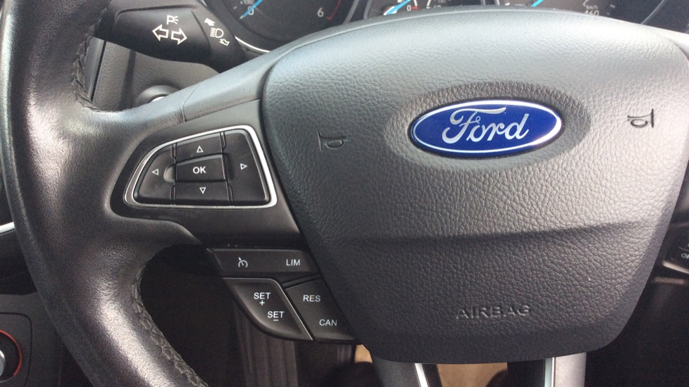 Ford Focus 1.5 TDCi 120 Titanium 5dr image 16
