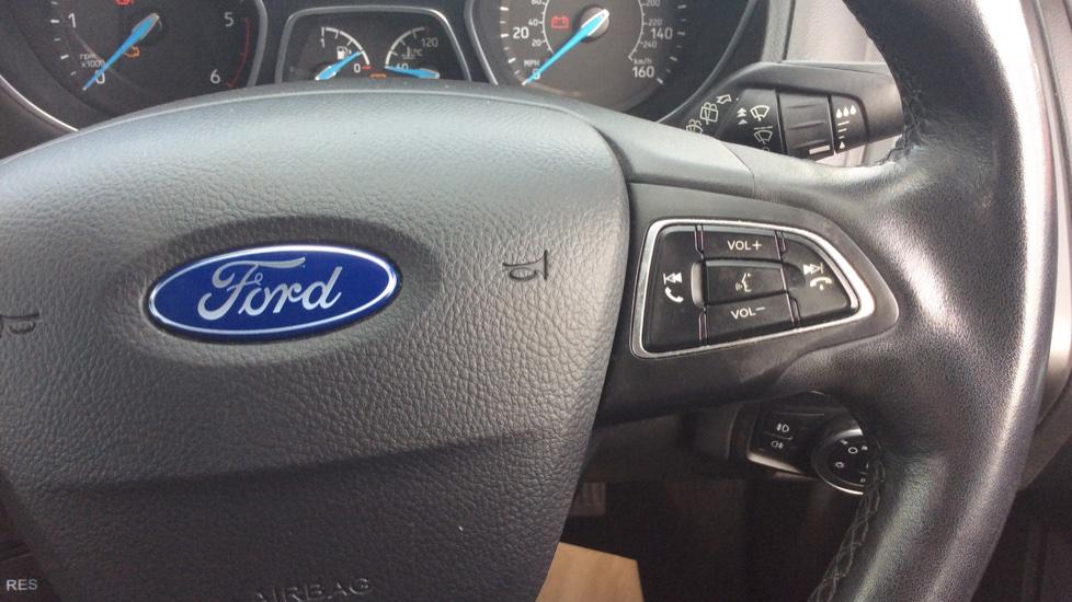 Ford Focus 1.5 TDCi 120 Titanium 5dr image 17