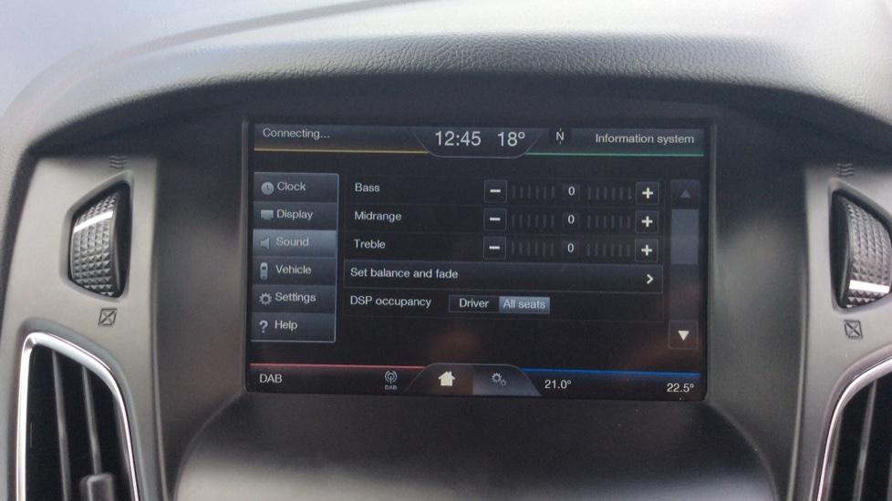 Ford Focus 1.5 TDCi 120 Titanium 5dr image 29