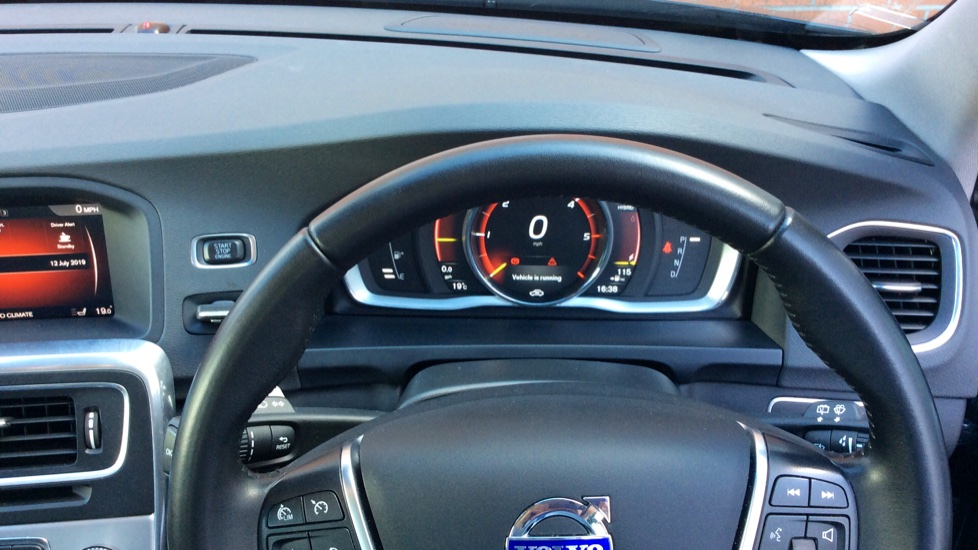 Volvo V60 D5 [163] Twin Engine SE Nav AWD  - Rear Park Camera, Bluetooth, Volvo on Call image 25