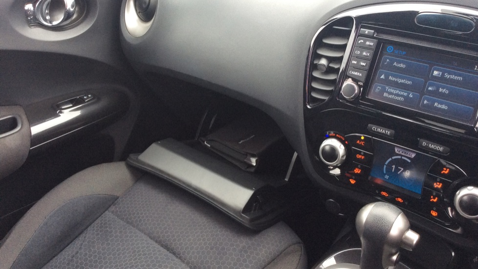 Nissan Juke 1 6 N-Tec CVT Automatic 5 door Hatchback (2014) at Warrington  Motors Fiat, Peugeot and Vauxhall