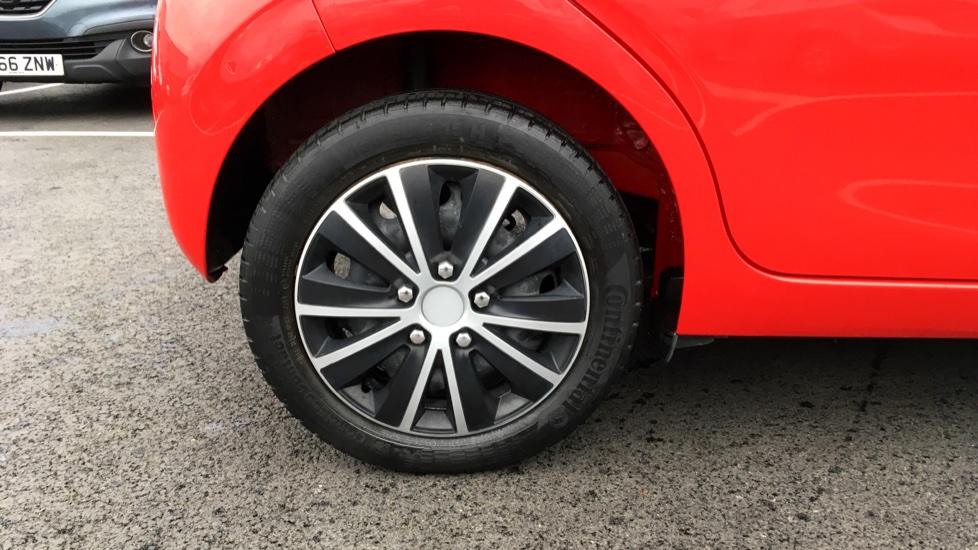 Peugeot 108 1.0 Active 5dr image 8