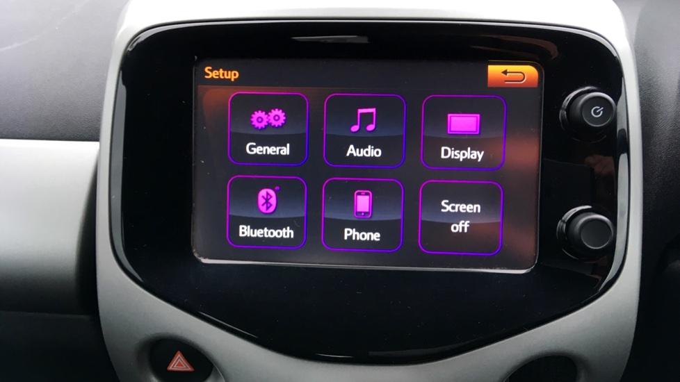 Peugeot 108 1.0 Active 5dr image 17