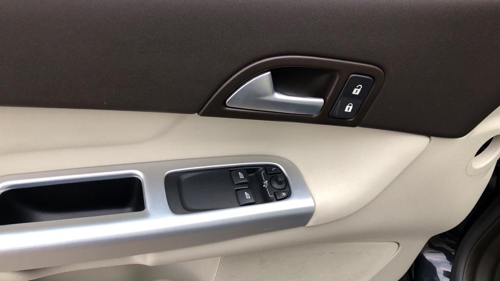 Volvo C30 DRIVe Momentum Manual