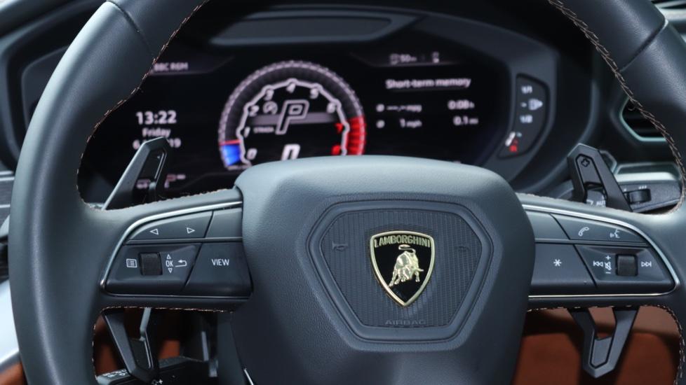 Lamborghini Urus 4.0T FSI V8 5dr image 13