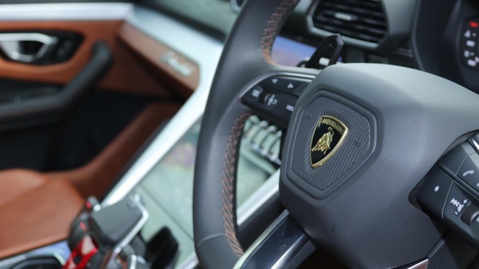 Lamborghini Urus 4.0T FSI V8 5dr image 17