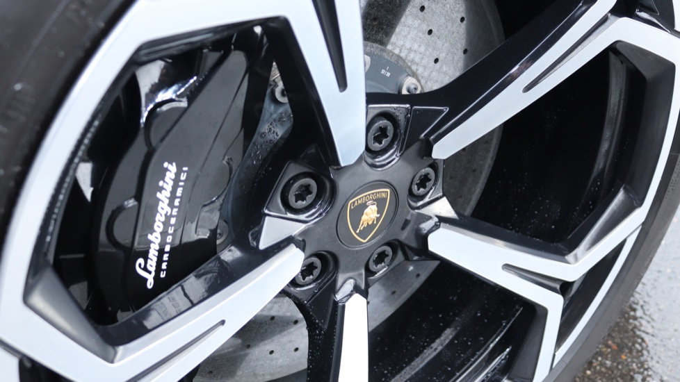 Lamborghini Urus 4.0T FSI V8 5dr image 19