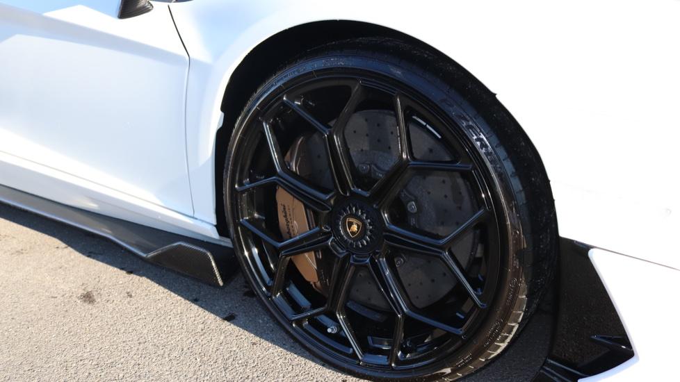 Lamborghini Aventador SVJ Coupe 6.5 image 7