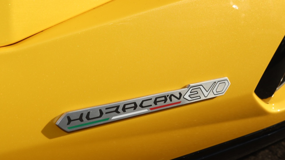 Lamborghini Huracan EVO LP 640-4 5.2 image 12