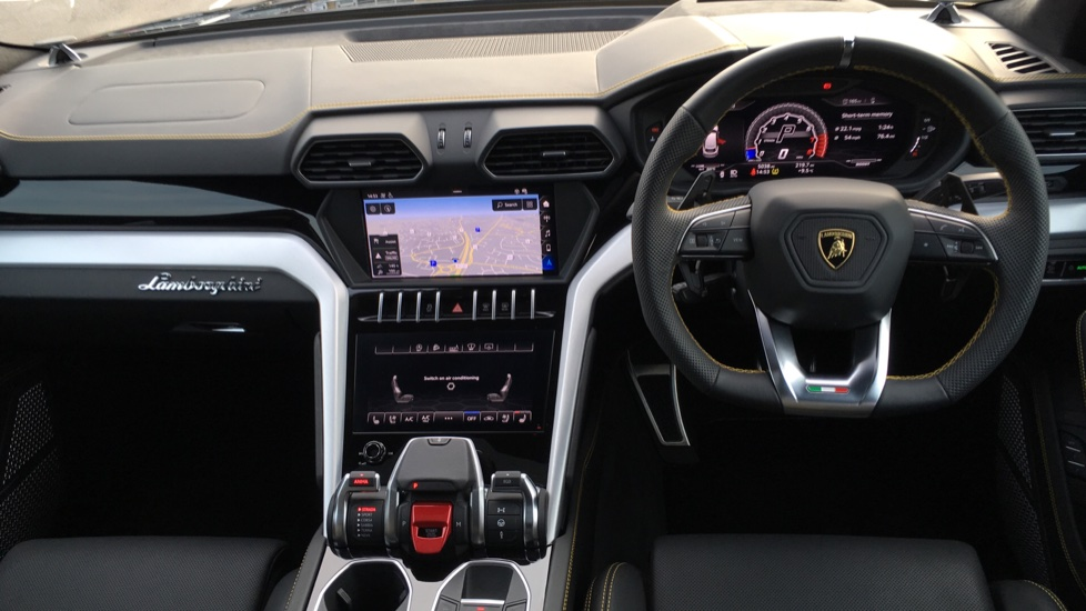 Lamborghini Urus 4.0 V8 BITURBO image 8