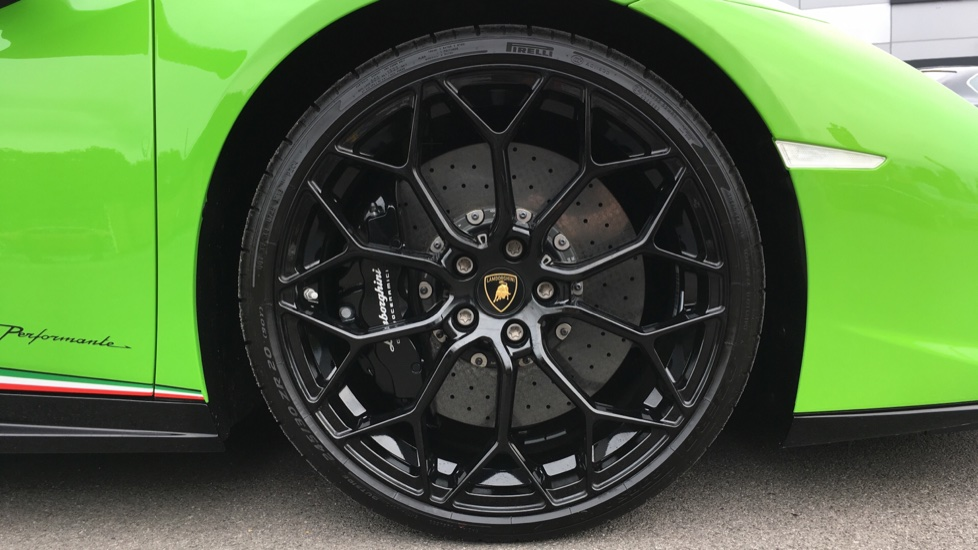 Lamborghini Huracan Performante Spyder LP 640-4 2dr image 8
