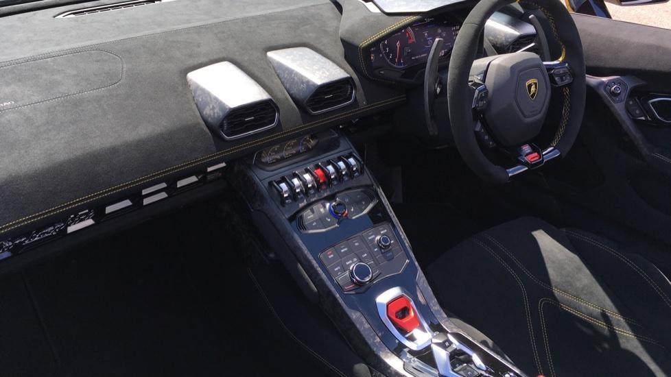 Lamborghini Huracan Performante Spyder LP 640-4  image 5