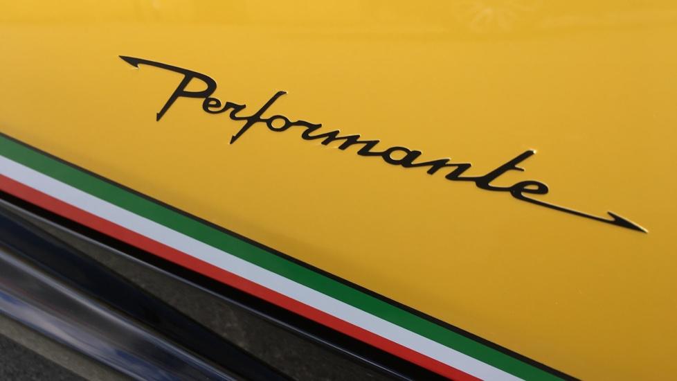 Lamborghini Huracan Performante Spyder LP 640-4  image 11