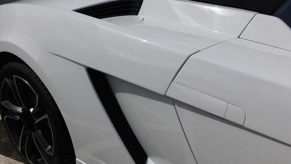 Lamborghini Gallardo LP 560-4 2dr E Gear image 12