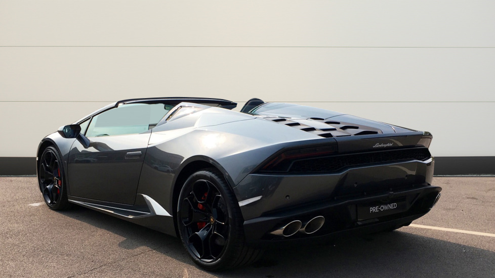 Lamborghini Huracan LP610-4 Spyder image 2