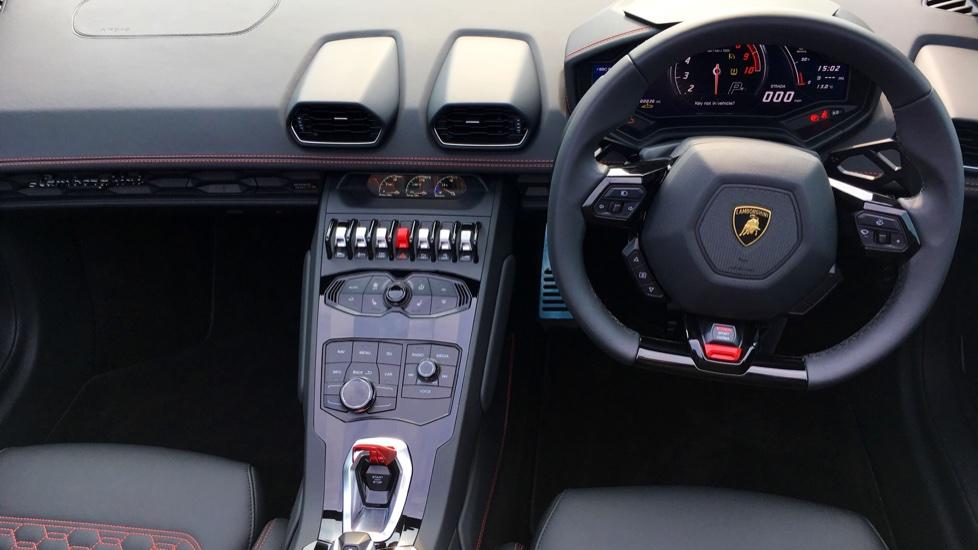 Lamborghini Huracan LP610-4 Spyder image 9