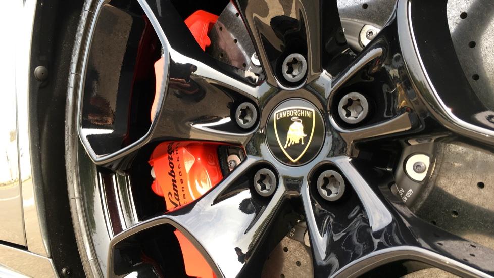 Lamborghini Huracan LP610-4 Spyder image 11