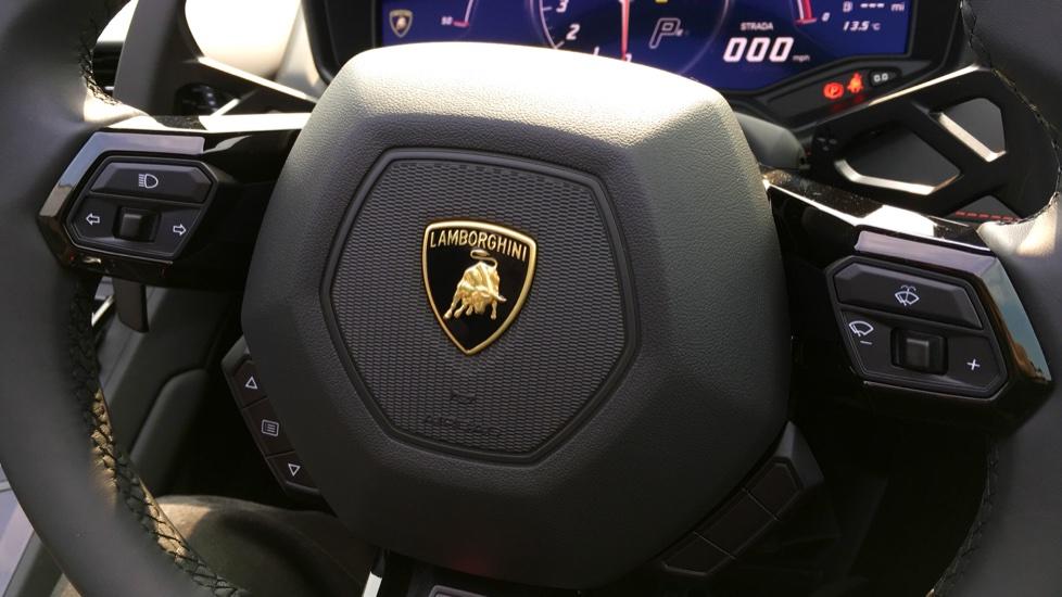 Lamborghini Huracan LP610-4 Spyder image 19