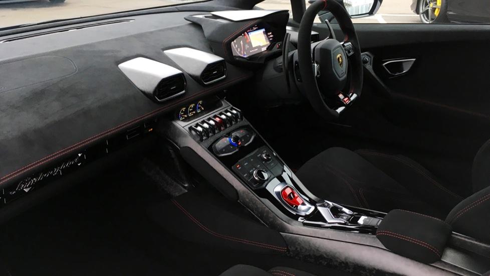 Lamborghini Huracan LP 640-4 Performante 2dr LDF image 3
