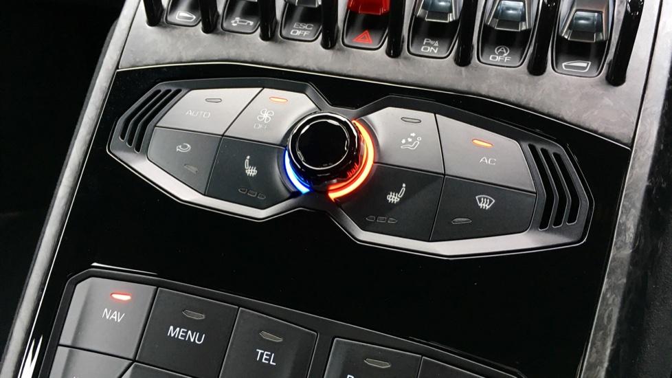 Lamborghini Huracan LP 640-4 Performante 2dr LDF image 20