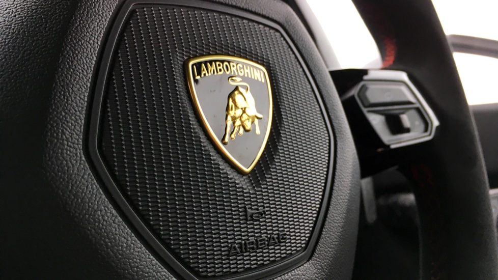Lamborghini Huracan LP 640-4 Performante 2dr LDF image 29