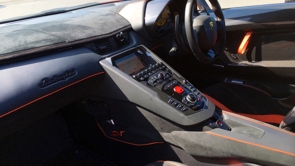 Lamborghini Aventador SV LP 750-4 2dr ISR image 3