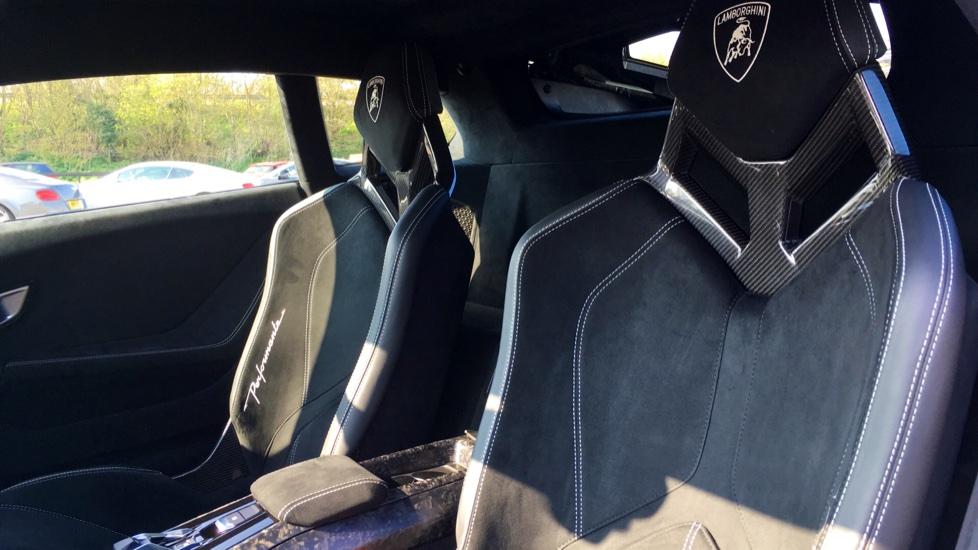 Lamborghini Huracan LP 640-4 Performante 2dr LDF image 4