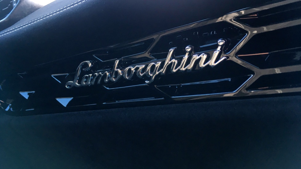 Lamborghini Huracan LP 640-4 Performante 2dr LDF image 18