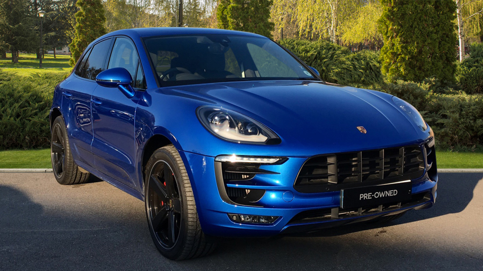 Porsche Macan GTS 5dr PDK 3.0 Automatic Estate (2016) at Bentley Chelmsford thumbnail image