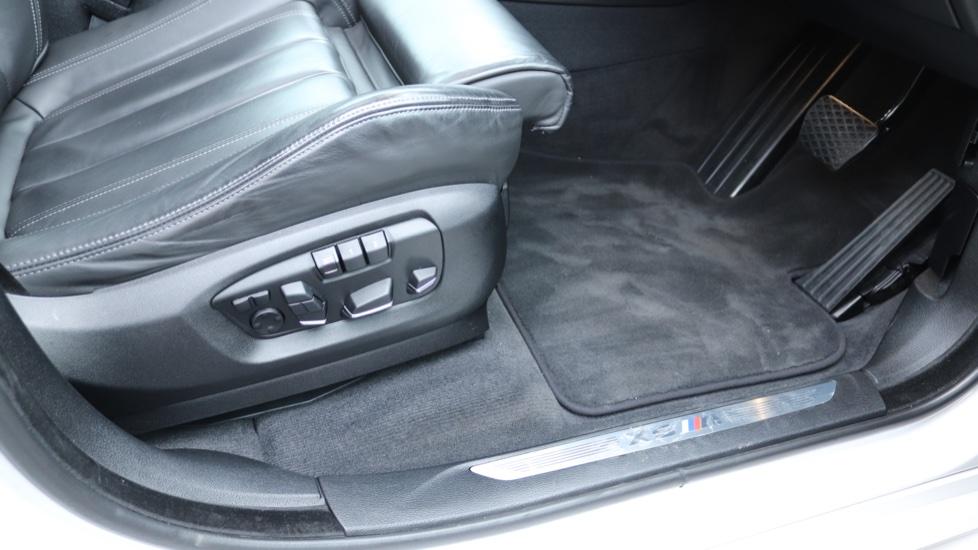 BMW X5 xDrive X5 M 5dr image 17