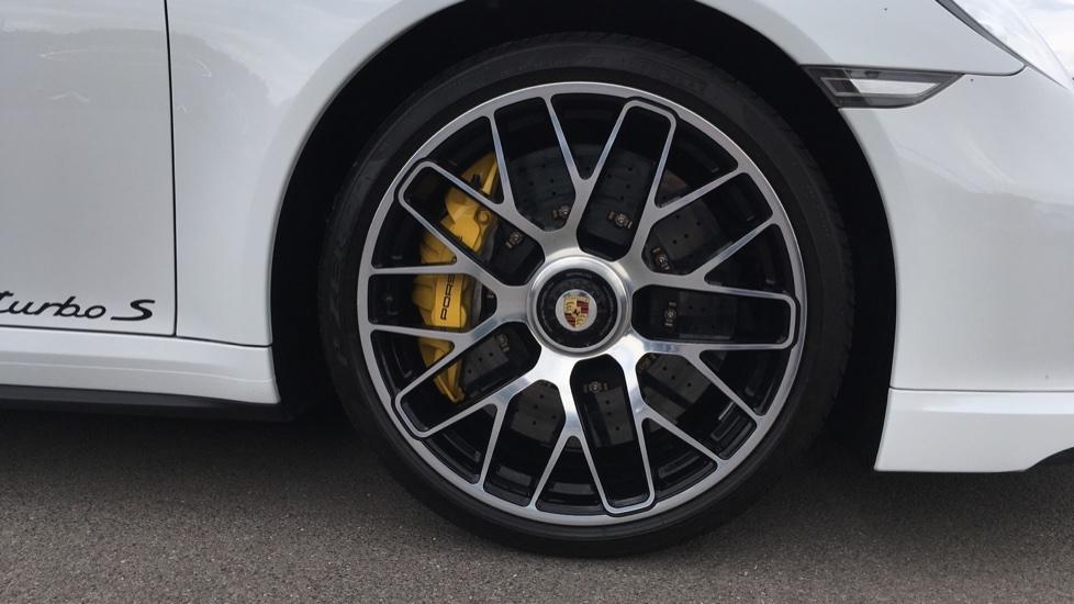 Porsche 911 Turbo S 2dr PDK image 8