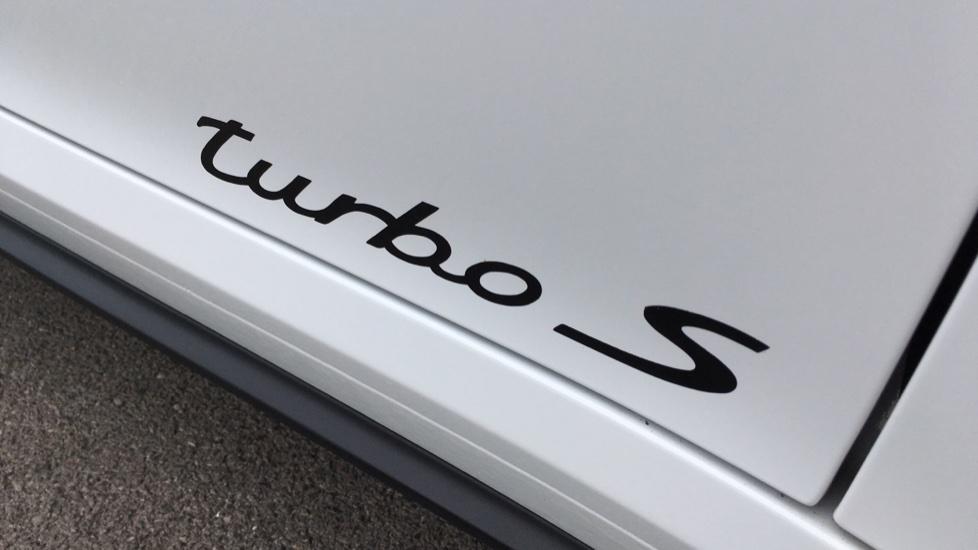 Porsche 911 Turbo S 2dr PDK image 13