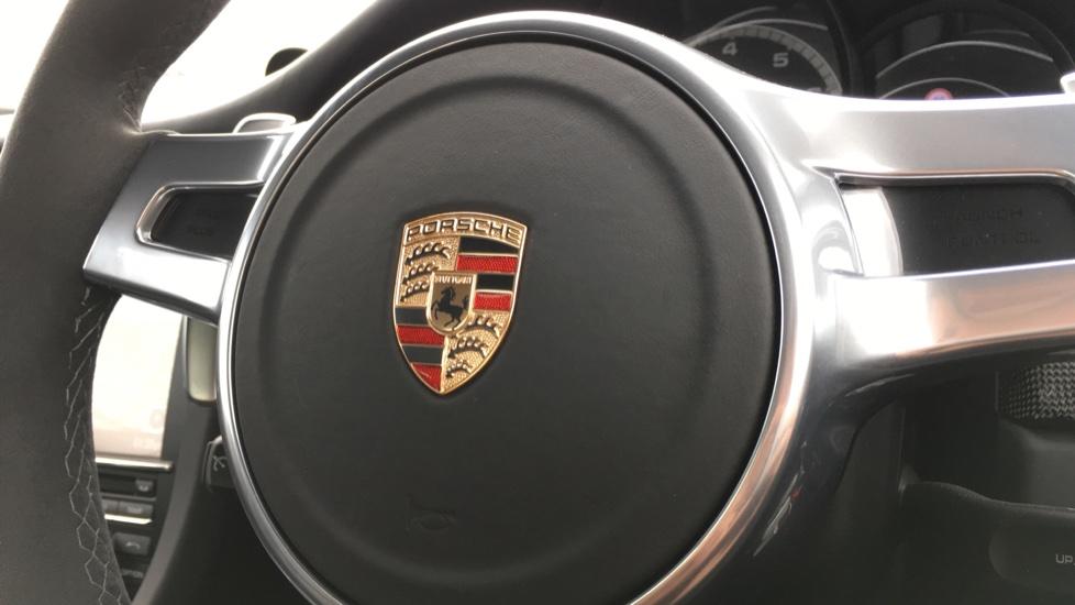 Porsche 911 Turbo S 2dr PDK image 18