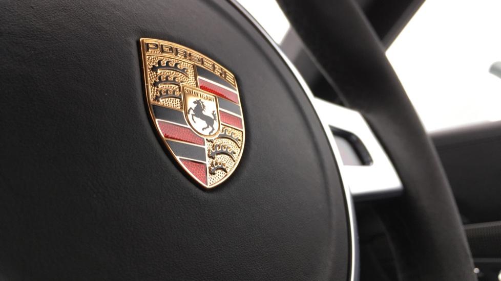 Porsche 911 Turbo S 2dr PDK image 32
