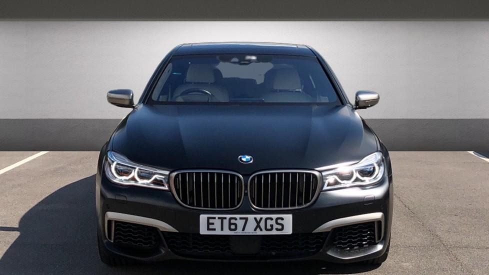 BMW 7 Series M760Li xDrive V12 image 7